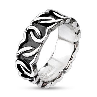 Heart Links Ring
